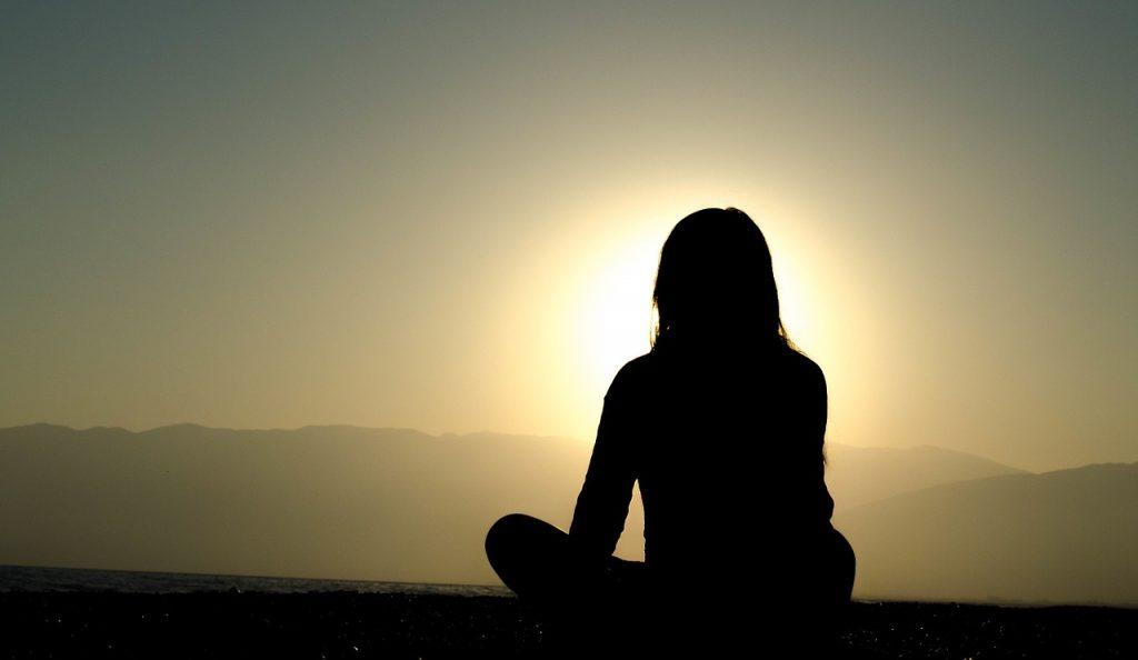 Sophrologie: Une belle façon de s'initier à la méditation, d'entraîner la « pleine conscience » et de gérer le stress sainement